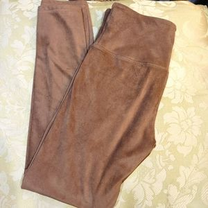 Intro. Love The Fit brown faux suede leggings